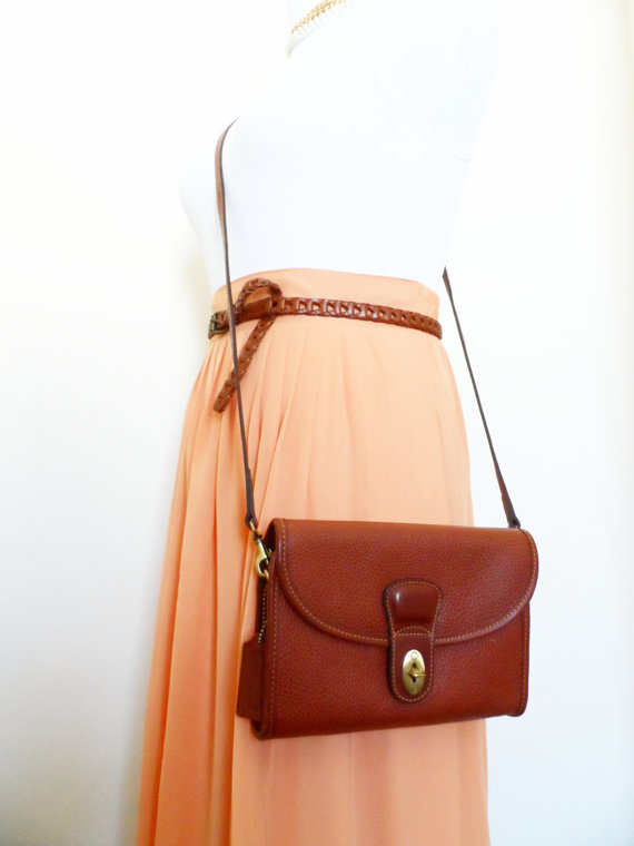 Vintage Coach Sheridan Lauren, Brown Tan Leather Crossbody Camera Bag Pouch Mini Bag Saddle Hipster Retro Satchel Messenger Preppy